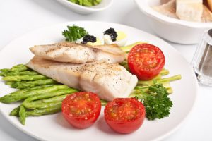 EAT FISH = LIVE LONGER AND LEANER!