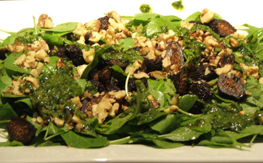 Mediterranean Diet: Arugula Salad with Figs and Walnuts