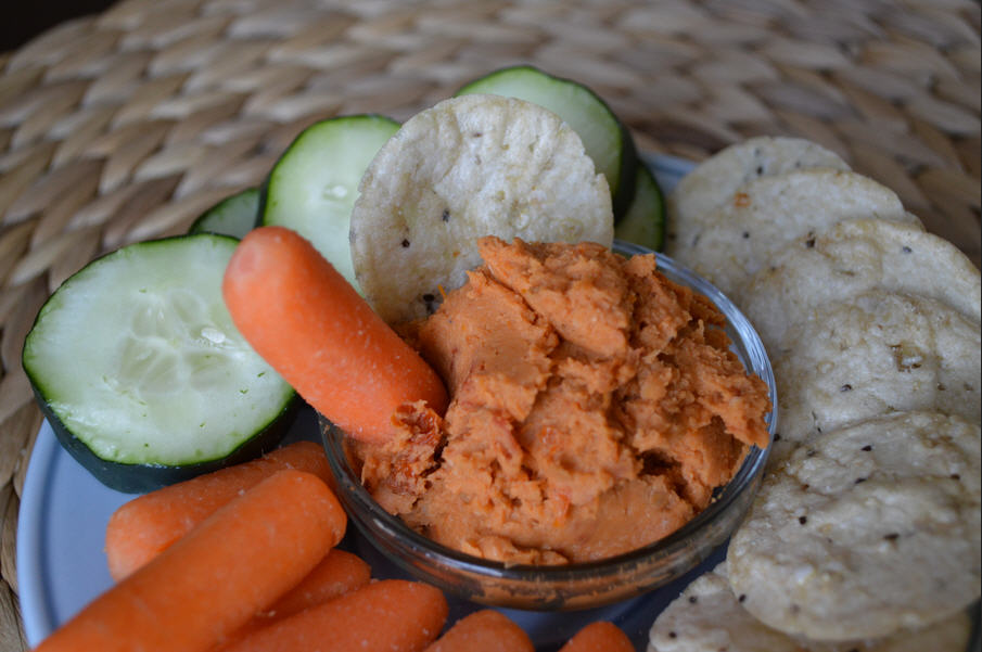 Heart Healthy Recipe Of Roasted Garlic & Sundried Tomato White Bean Dip